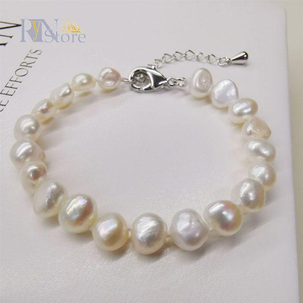 RyN store bracelets pearls